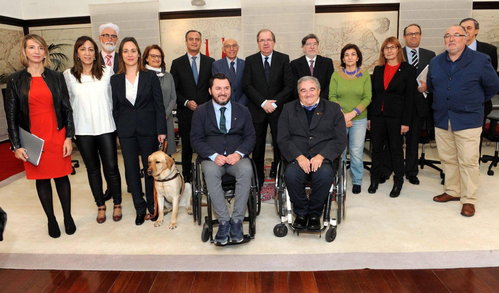 La Junta de Castilla y León refuerza su colaboración con las entidades de discapacidad.
